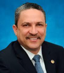 Se acaba de suicidar, ex director del Plan Social de la Presidencia, César Prieto, esposo de la diputada Sandra Abinader.