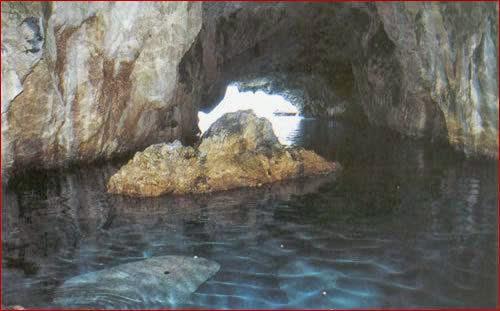 grotta_1.jpg