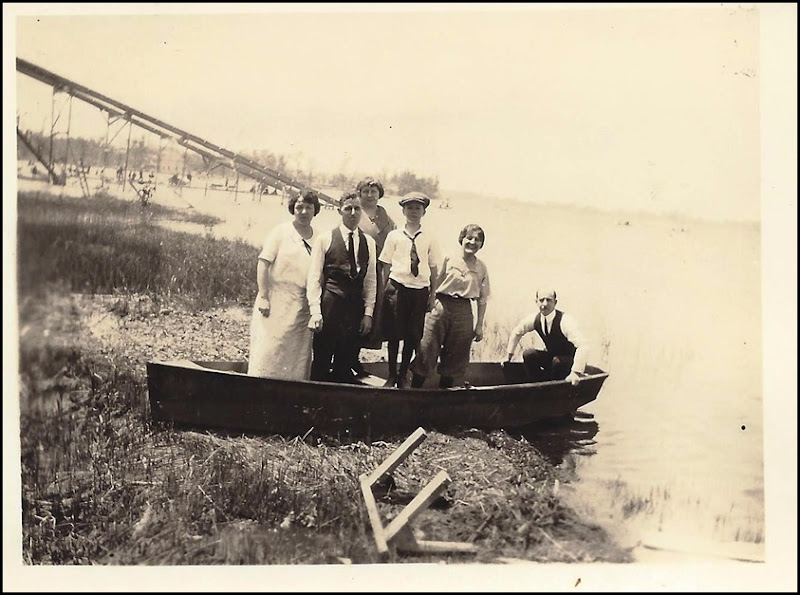 GOULD_Harry_Marie & Norm in canoe with others