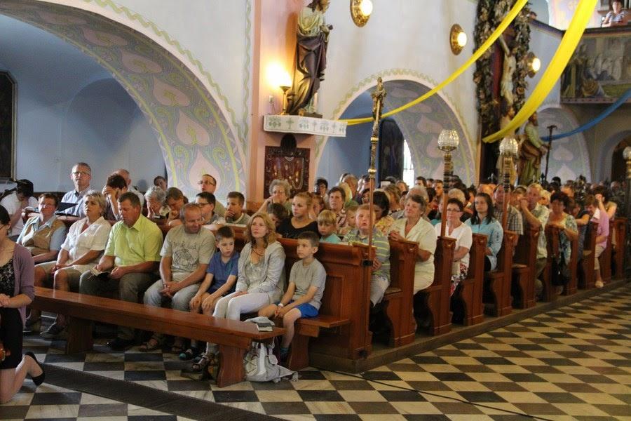 Z relikwiami św. O.Pio w Istebnej - IMG_3483.JPG