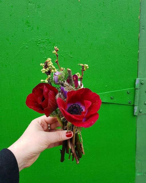 Mini flower arrangement