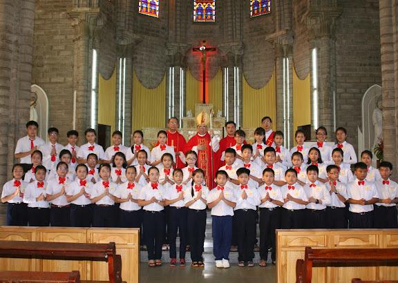 Thánh lễ ban Bí Tích Thêm Sức tại Giáo xứ Chánh Tòa
