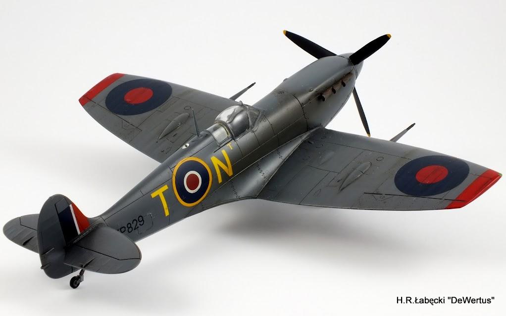 Malta 1940-43, Spitfire Mk.Vb, 249 Sqn RAF, Tamiya 1/48 DSCF4168