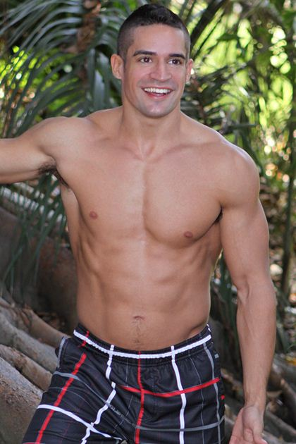 Amateur Muscle Hunks - Hot Guys Next Door