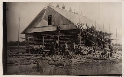 Строительство Народного дома(из фондов Эст. национального музея)