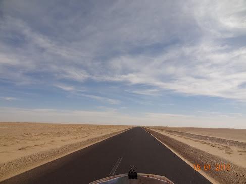 Marrocos e Mauritãnia a Queimar Pneu e Gasolina - Página 7 DSC06049