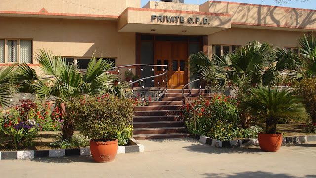 Holy Family Hospital, Near Fortis Escorts Hospital, Okhla Road, New Delhi, Delhi 110025, India