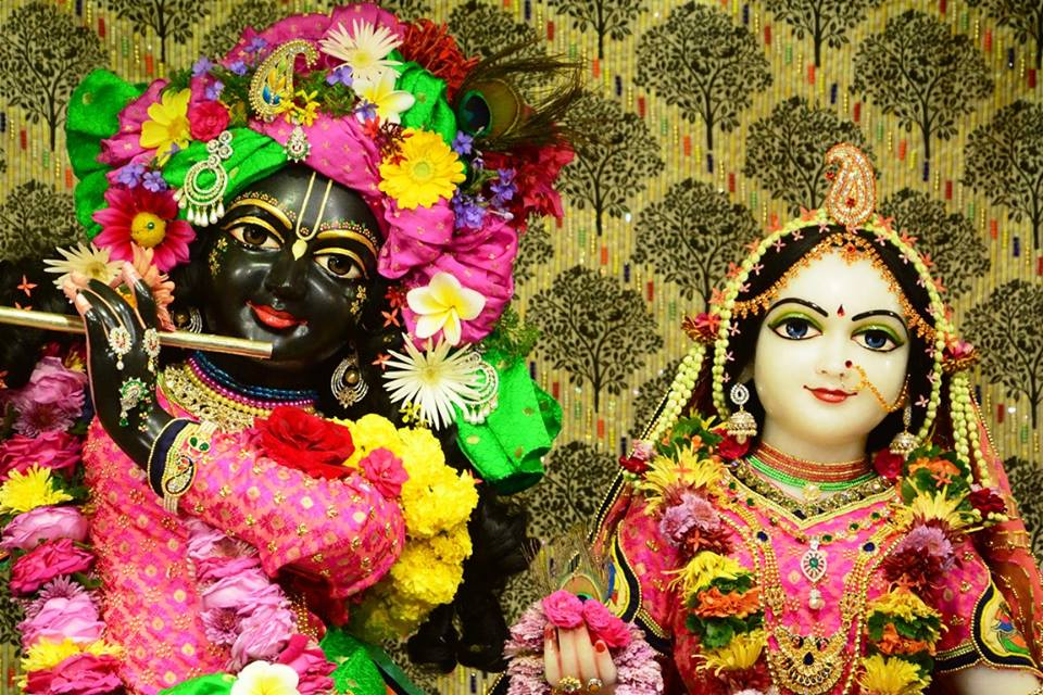 ISKCON GEV Deity Darshan 09 Jan 2017 (7)