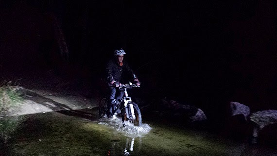 Rutas nocturnas en bici, disfruta del frescor de las noches de verano