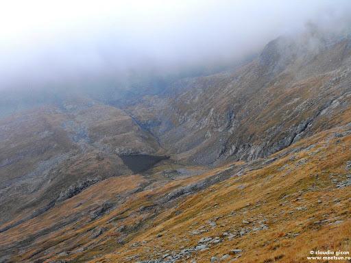 Căldarea Valea Rea şi lacul glaciar Valea Rea