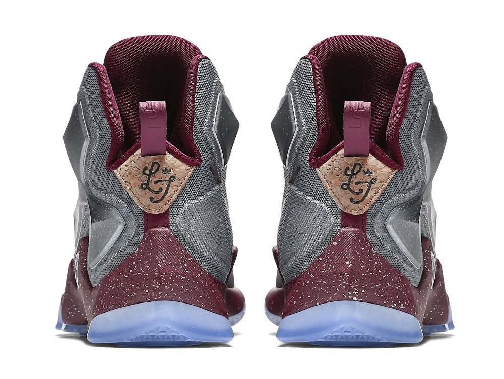 239cf5089d7 Release Reminder  Nike LeBron XIII