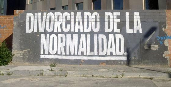 Divorciado de la Normalidad. Bolivia/Ciudad de Granada. Barcelona. Septiembre 2012