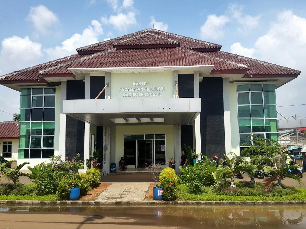 Kantor Kecamatan Cileungsi Kabupaten Bogor Indonesia