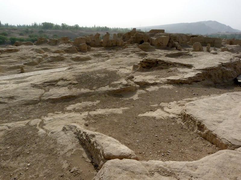 XINJIANG.  Turpan. Ancient city of Jiaohe, Flaming Mountains, Karez, Bezelik Thousand Budda caves - P1270770.JPG