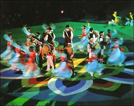 Farmers dance