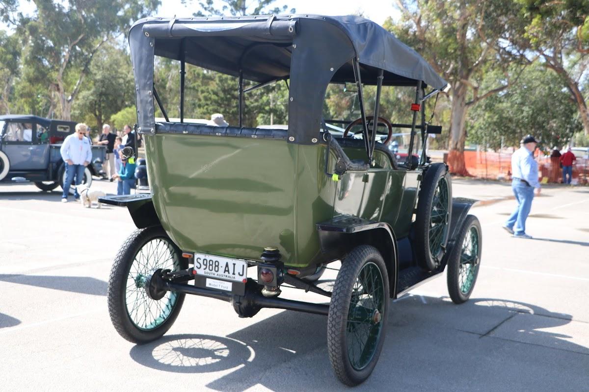 Ford Model T Tourer 01.JPG