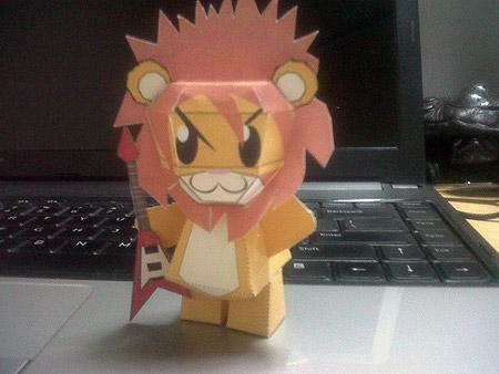 Ton Paper Toy