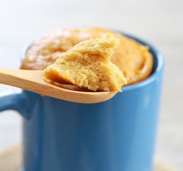 Flourless Mug Cake Banana