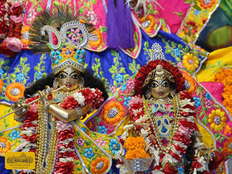 ISKCON Ahmedabad Sringar Deity Darshan 16 August 2016 (7)