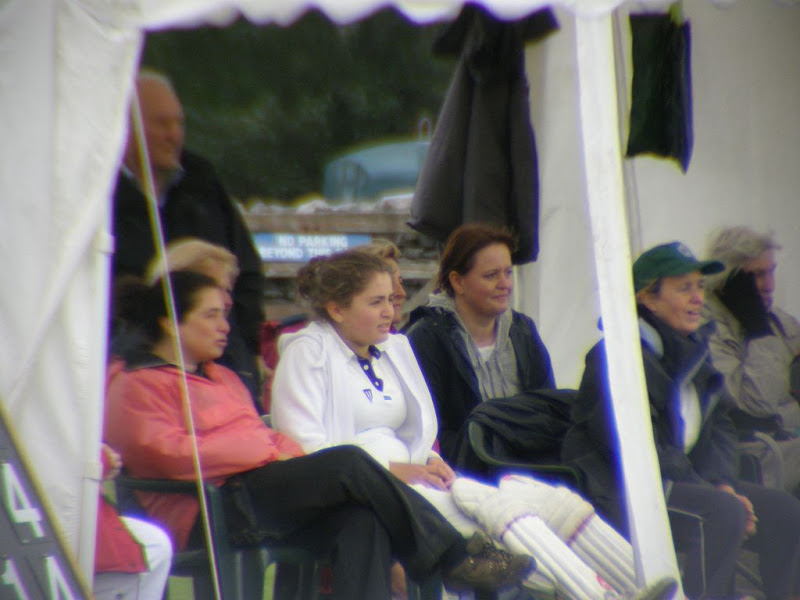 Cricket-Ladies-2010-NS15