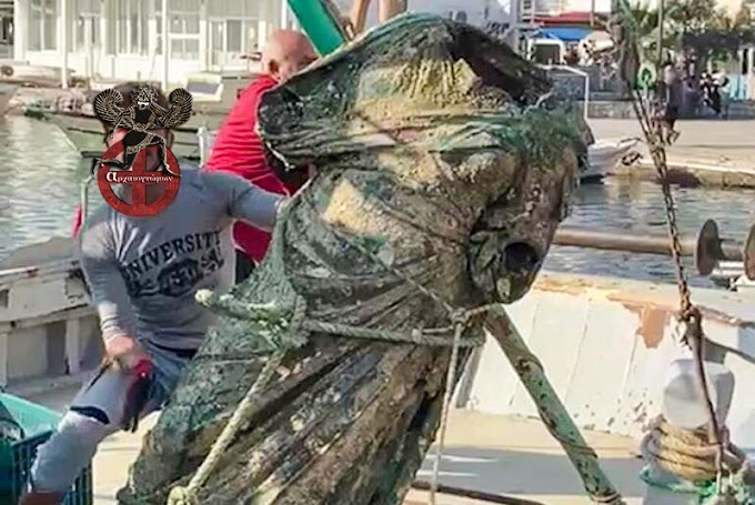 Στην Μαρμαρίδα, απέναντι από την Σύμη, «ψάρεψαν» χάλκινο άγαλμα ύψους 2 μέτρων