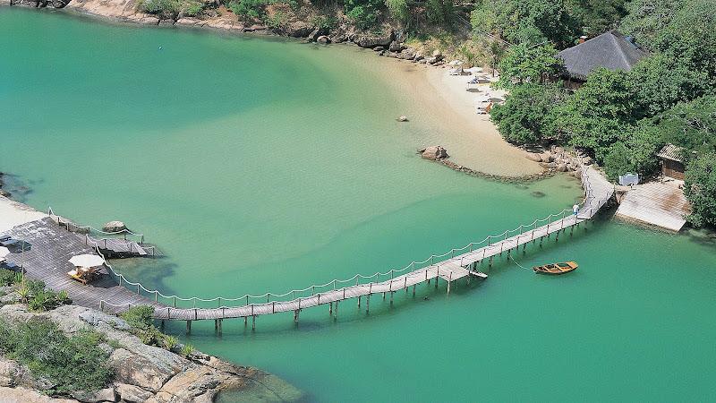 Ponta Dos Ganchos - bridge.jpg