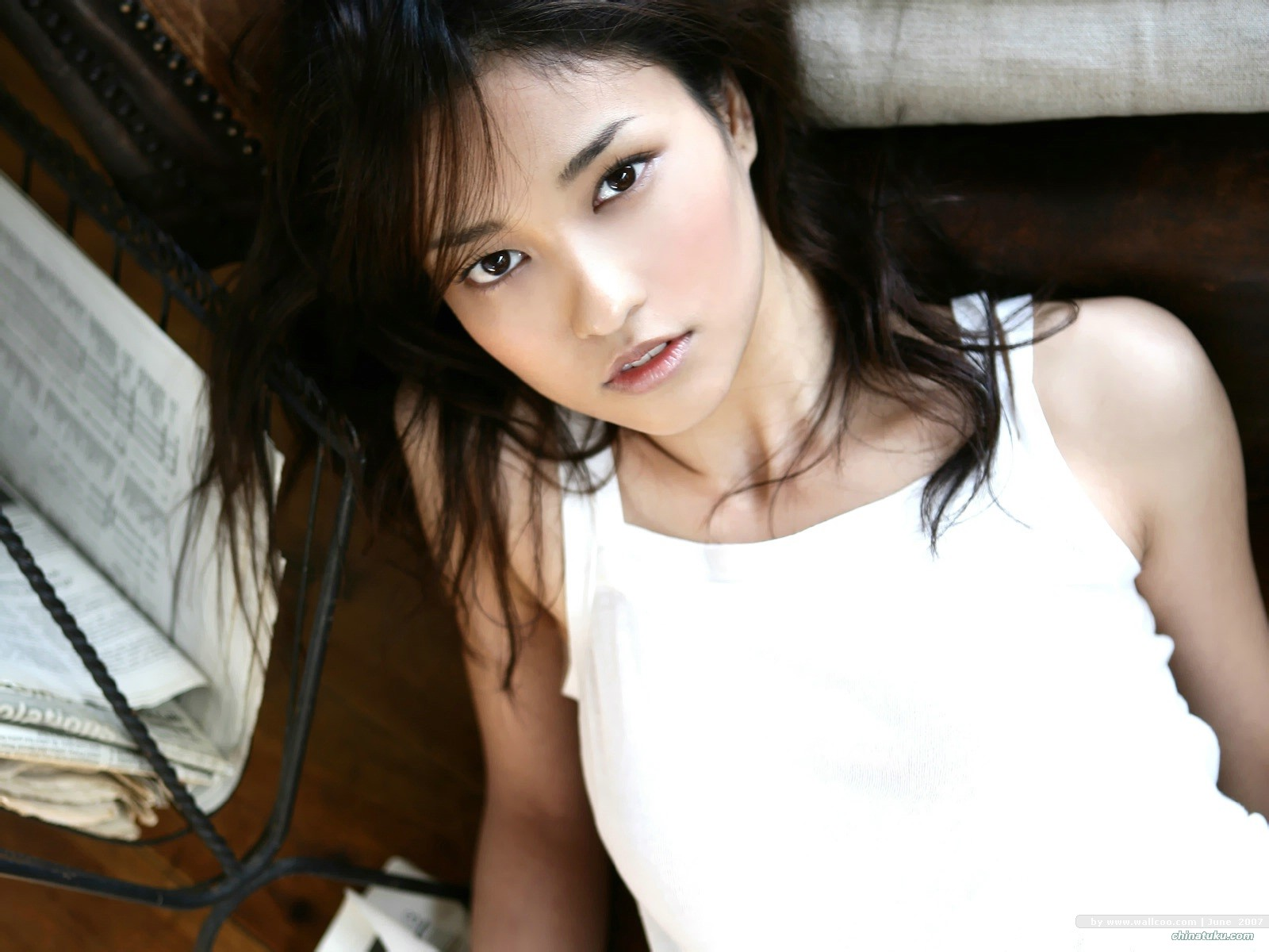 Japan-Actress-Kuroki - Click here to view Full Image