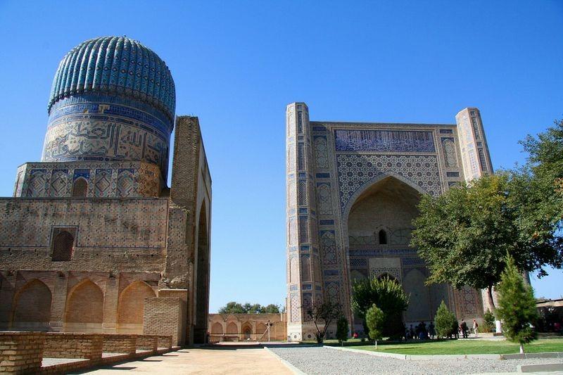 bibi-khanym-mosque-1