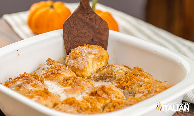 spatula lifting pumpkin pie bomb from casserole dish