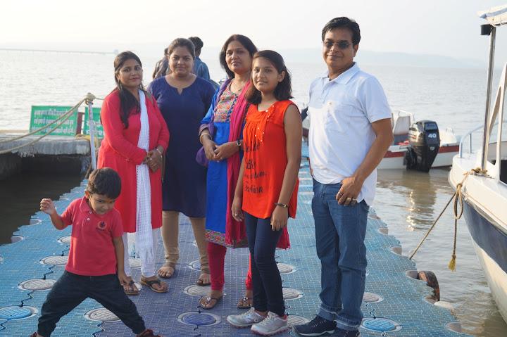 Omkareshwar and Hanmuntiya water resort - DSC06604.JPG
