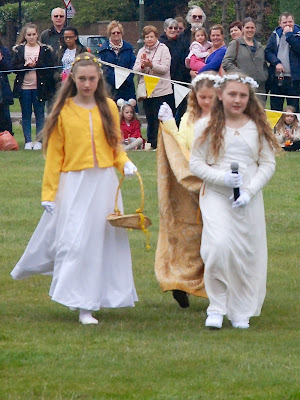 The May Queen, Laila Jefferies, her Prince,  Imogen Mole, and Flower Girl, Millie Bentley