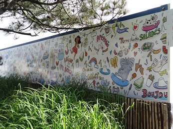 2017.05.24-018 fresque sur les restauirants