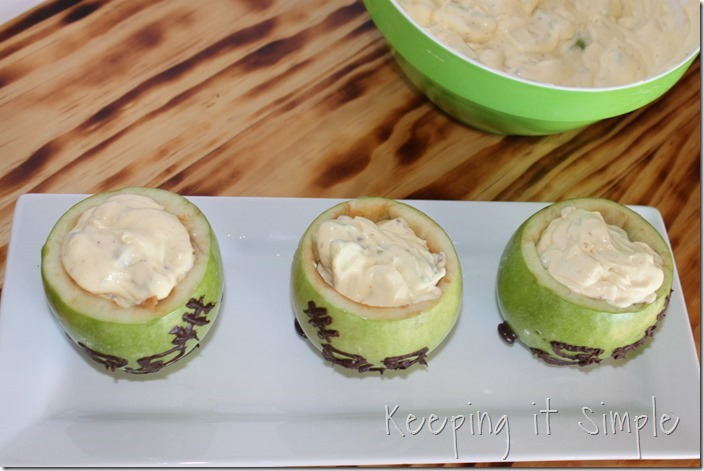 #ad SNICKERS®-Apple-Salad-Served-in-a-Frankenstein-apple #BooItForward (11)
