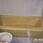 lynn-hall-bath-before-2.jpg