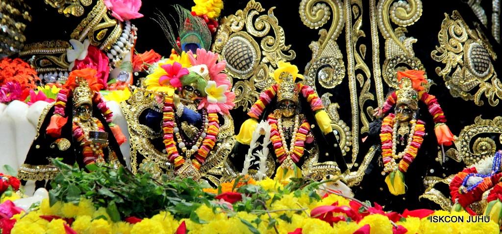 ISKCON Juhu Sringar Deity Darshan 7 Jan 2017  (11)