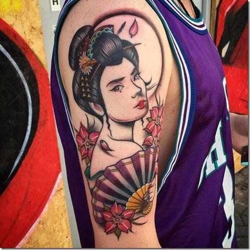 tatuajes_de_geishas_de_color_en_el_brazo