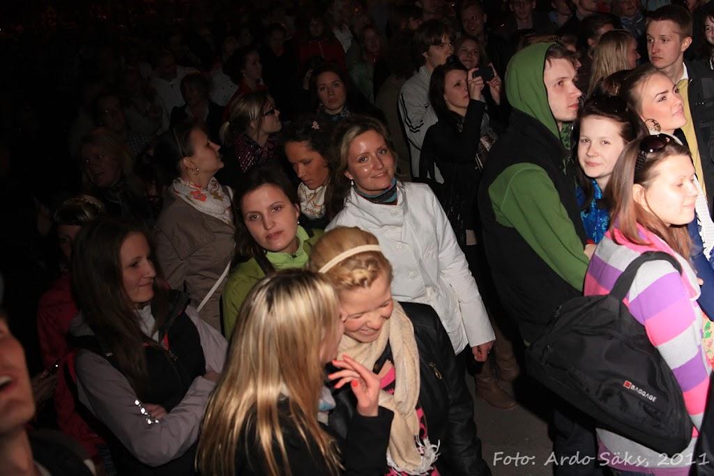 27.04.11 Katusekontsert The Smilers + aftekas CT-s - IMG_5743_filtered.jpg