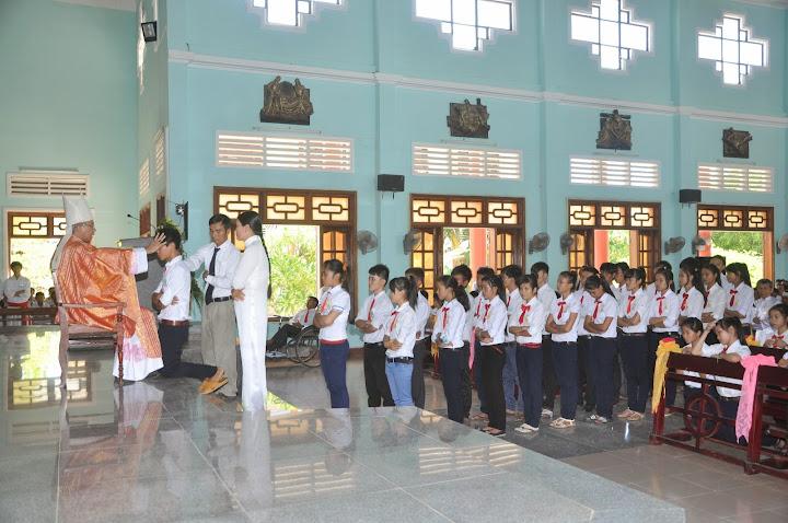 Thánh lễ Thêm sức tại Phú Hữu