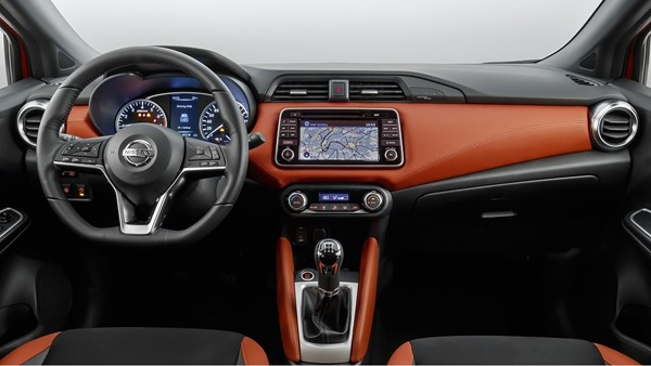 Nissan-Micra-2017-interior