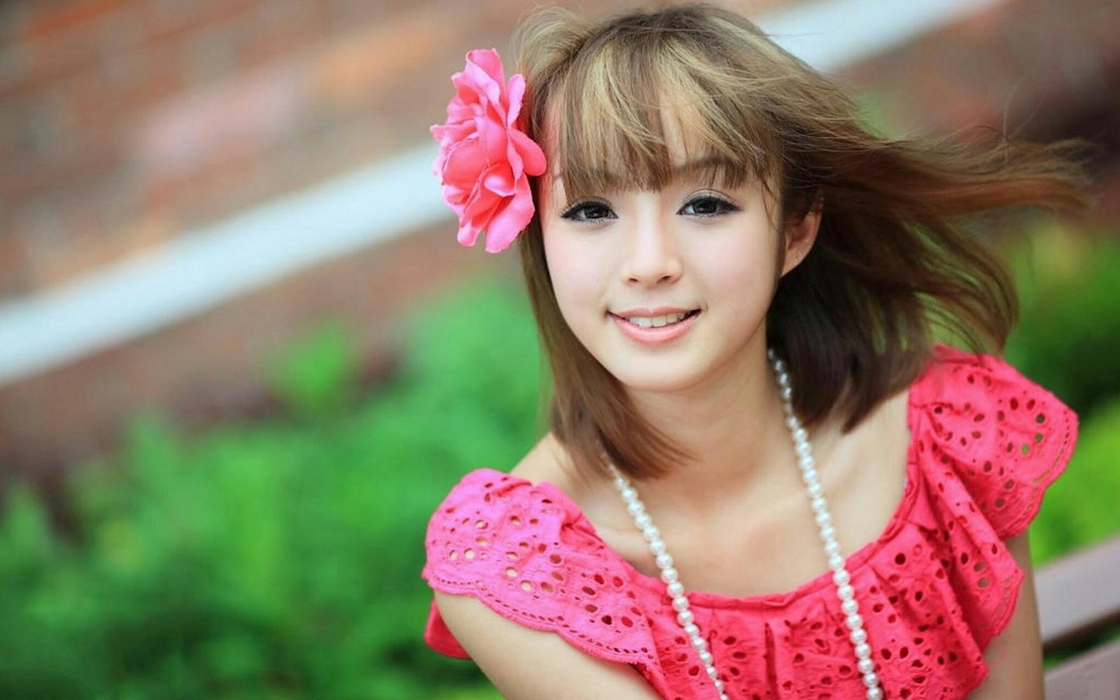 cute beautiful young girls wallpapers | walpoza | hd wallpapers