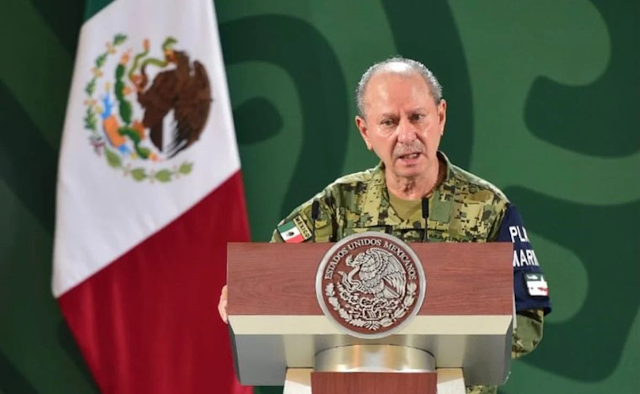 El titular de la Semar, Rafael Ojeda asegura que México carece de servidores públicos honestos