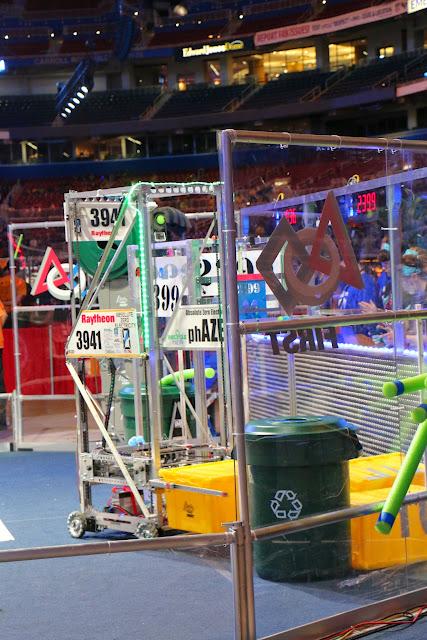 FRC World Championships 2015 - 20150424%2B17-59-12%2BC70D-IMG_2624.JPG
