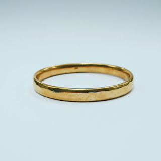 14 K Gold Tubular Bangle