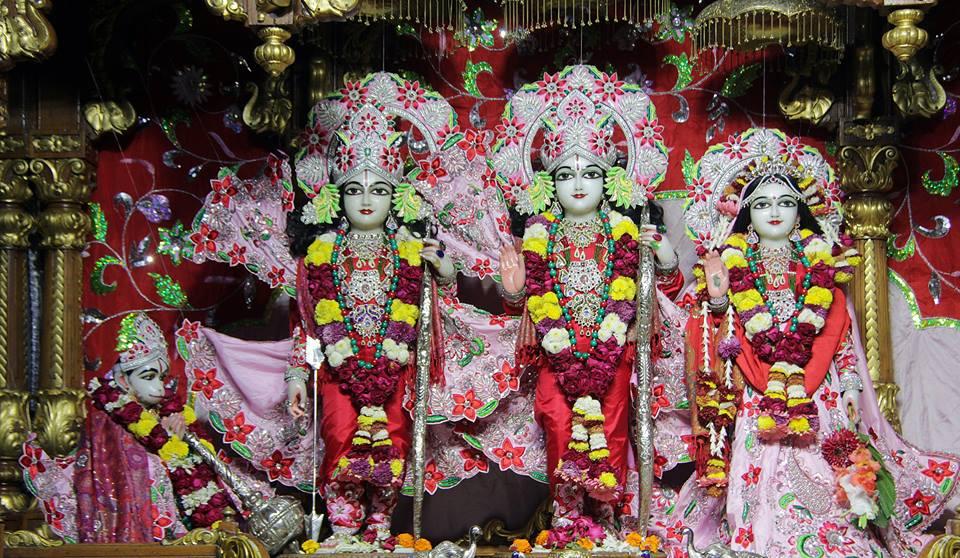 ISKCON Delhi Deity Darshan 06 Jan 2016 (4)