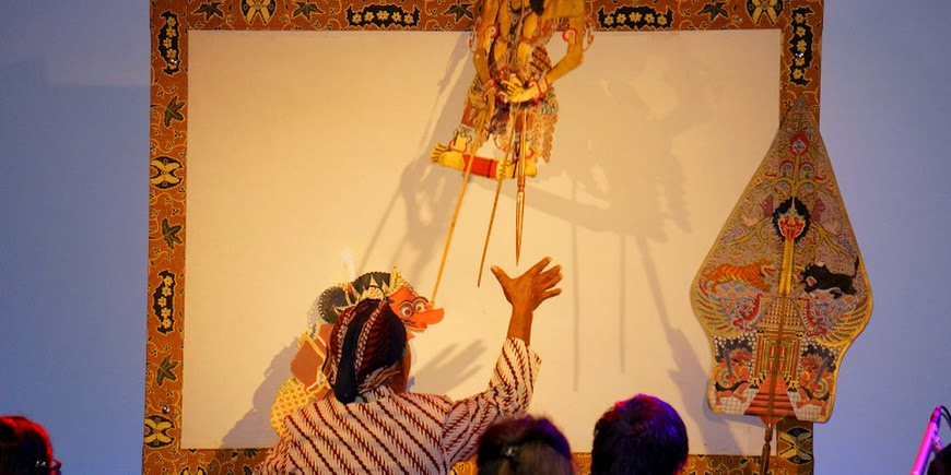 Wayang Kulit met dhalang Sapto uit Suriname tijdens Tong Tong Fair