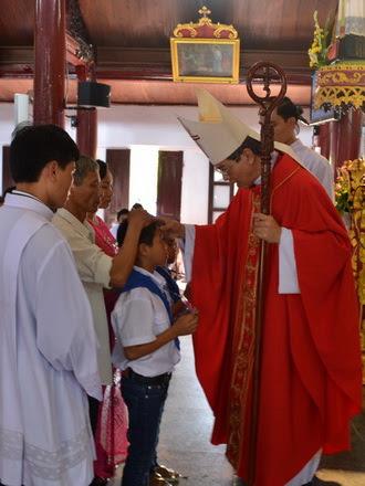 Gx. Phúc Nhạc: Đức cha thăm mục vụ và ban Bí tích Thêm sức