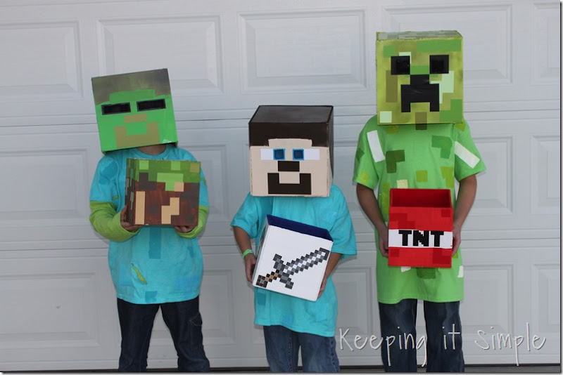 Minecraft wall art idea large wood minecraft characters keeping diy minecraft creeper steve and zombie costumes 20 solutioingenieria Images