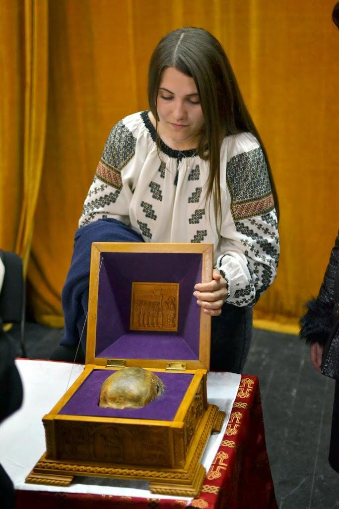 107 Avva Justin Parvu si Sfintii inchisorilor (Teatrul Luceafarul, Iasi, 2014.03.19)
