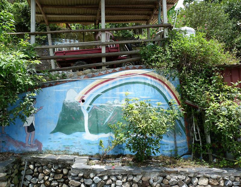 Puli  en passant , entre autres, par les villages de l ethnie Bunum de Loloko et Dili. J 10 - P1160918.JPG