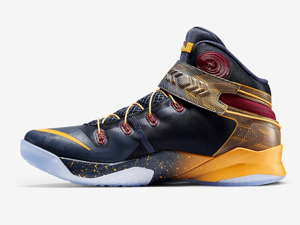 03284e45d404e ... Available Now 3x FLYEASE Nike Zoom LeBron Soldier 8 ...